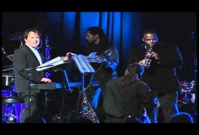 David Bach Consort – OYE COMO VA